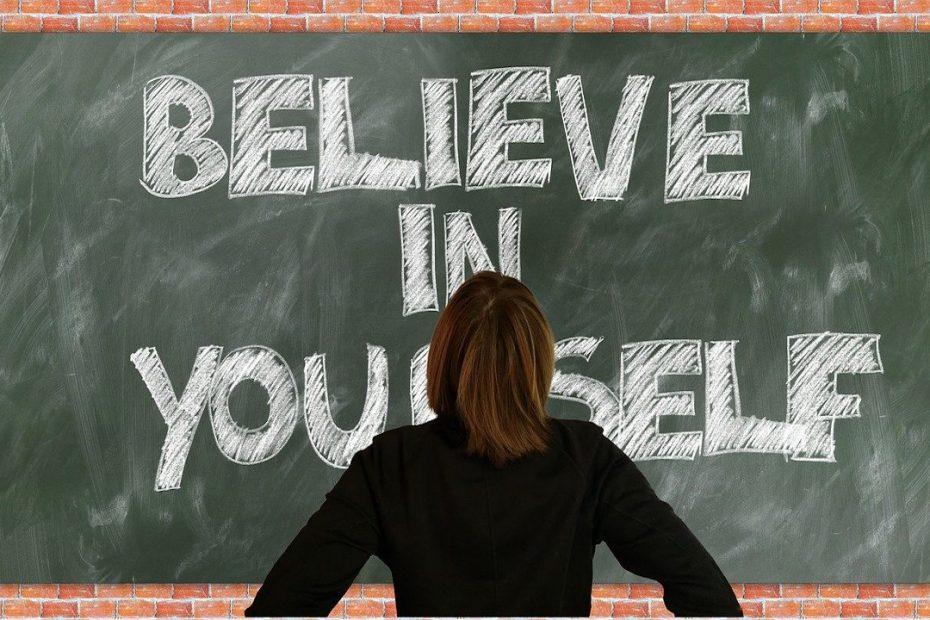 खुद को औरों से बेहतर कैसे बनाएं जानिए कुछ Unique Tips